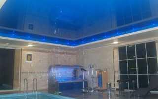 Из каких материалов делают потолки в бассейне