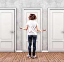 Как украсить дверь старую