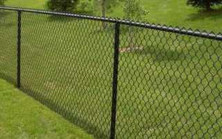 Как должен стоять забор на меже