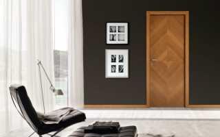 Чем оббить дверь в частном доме