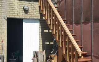 Как сделать лестницу на улице своими руками видео