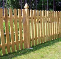 Как закапывают деревянный столб для забора