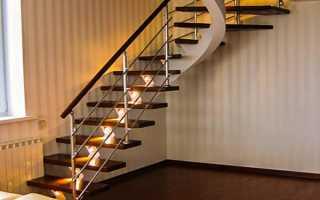 Как сделать лестницу на чердаке частного дома своими руками