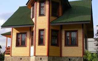 Брусовой дом с балконом над эркером своими руками