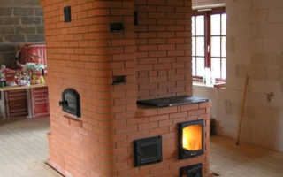 Планировка дома с мансардой и печным отоплением