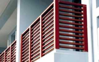 Балкон с деревянными перилами своими руками