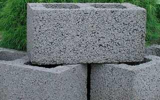 Сарай из керамзитобетонных блоков с односкатной крышей