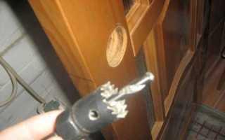 Установка защелки в межкомнатную дверь