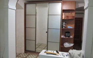 Шкаф купе с тремя дверьми
