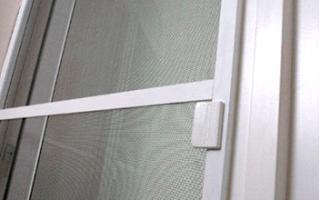 Как самому сделать москитную сетку на балкон